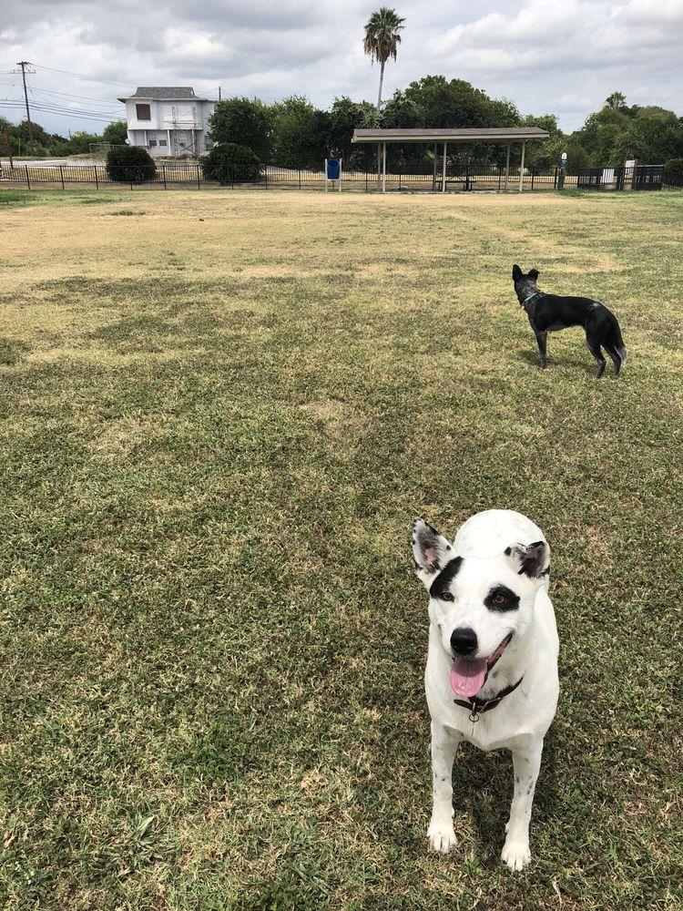 Kaiah Dog Park: 1001 Moore Ave, Portland, TX