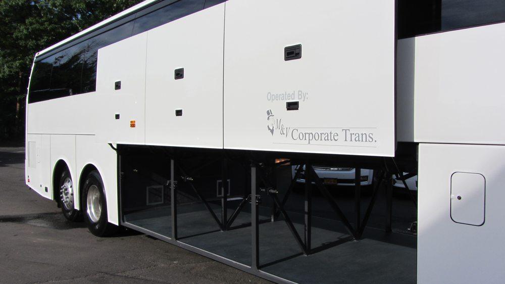M&V Limousines: 1117 Jericho Tpke, Commack, NY