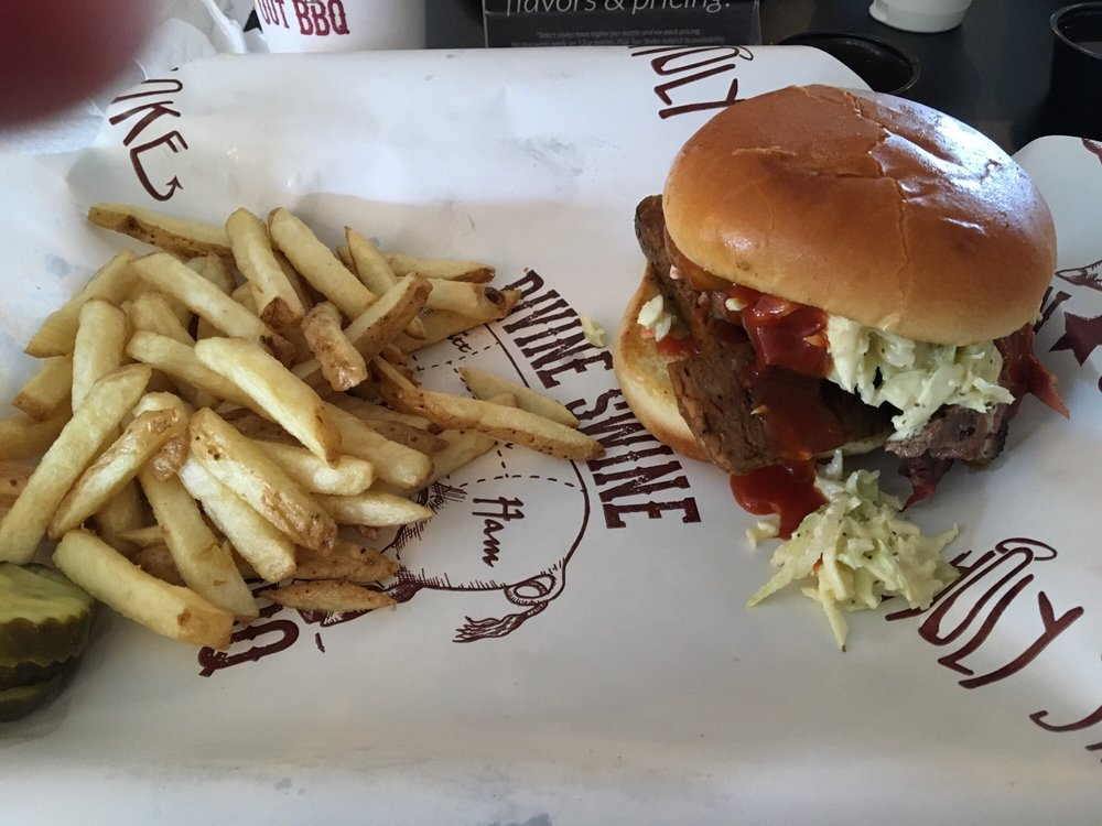 Divine Swine In Out BBQ: 2684 Lebanon Rd, Manheim, PA