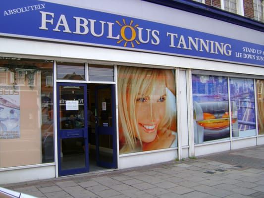 Absolutely fabulous tanning salons fris rer 153 155 for Absolutely fabulous salon