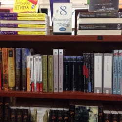 Libreria mundo bookshops plaza las americas las am ricas playa del carmen quintana roo - Libreria carmen ...