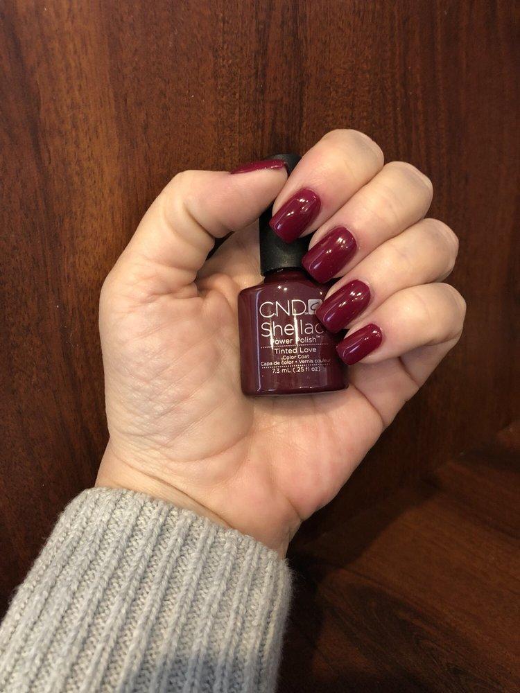 Hands Down - a Nail Salon: 55 W Main St, Clinton, CT