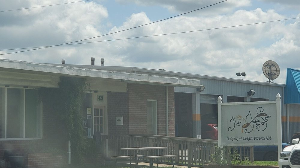 The Table Spoon: 421 Peachtree St, Ahoskie, NC