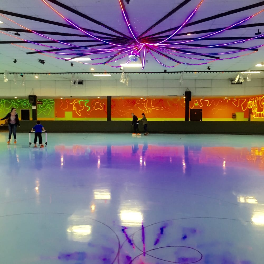 Roller skating rink rohnert park - Photo Of Cal Skate Rohnert Park Ca United States Totally Awesome Spot