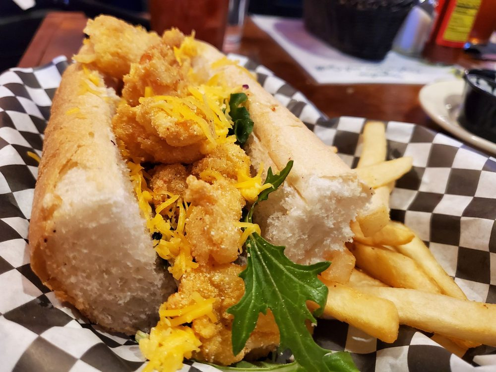 Bywater Oyster Bar & Grill: 4085 Helena Rd, Helena, AL