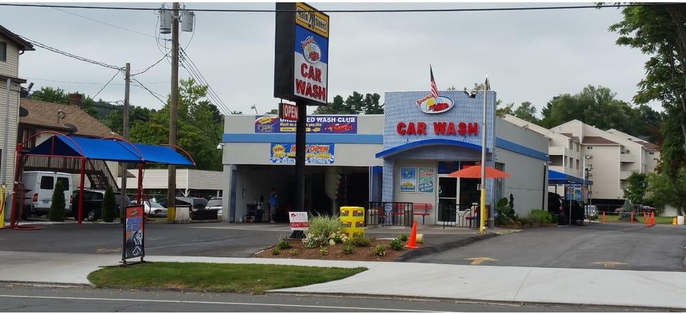 Sparklez Car Wash: 20 Main St, Danbury, CT