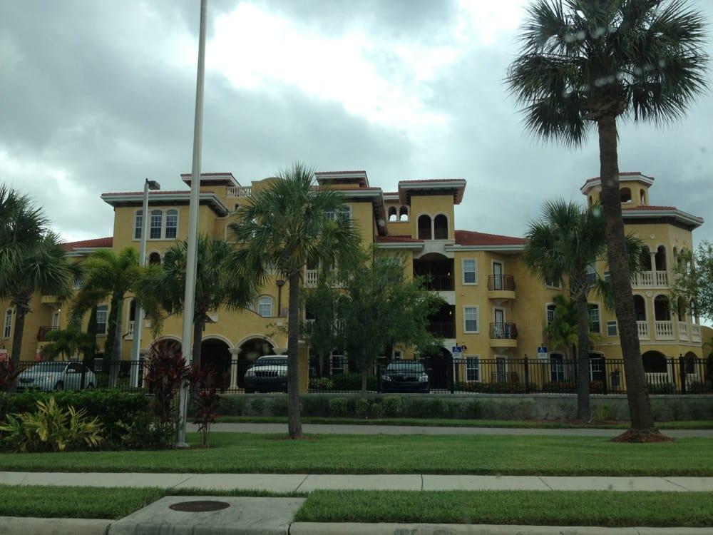Apartments Near Westshore