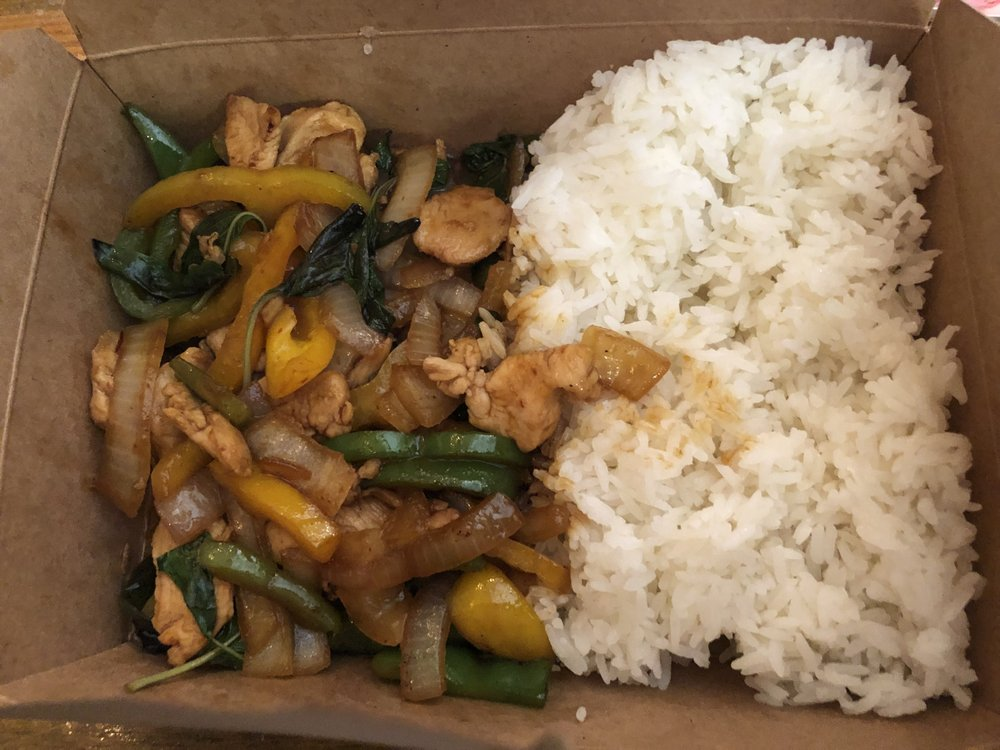 Food from Rolling Thai