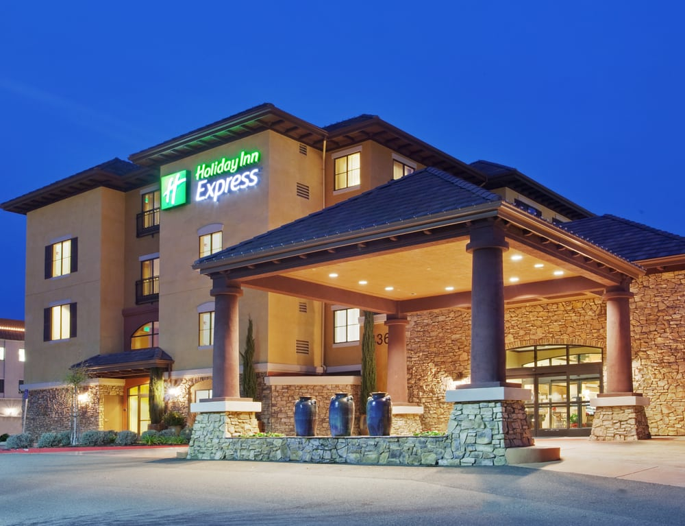 Holiday Inn Express & Suites El Dorado Hills: 4360 Town Center Blvd, El Dorado Hills, CA