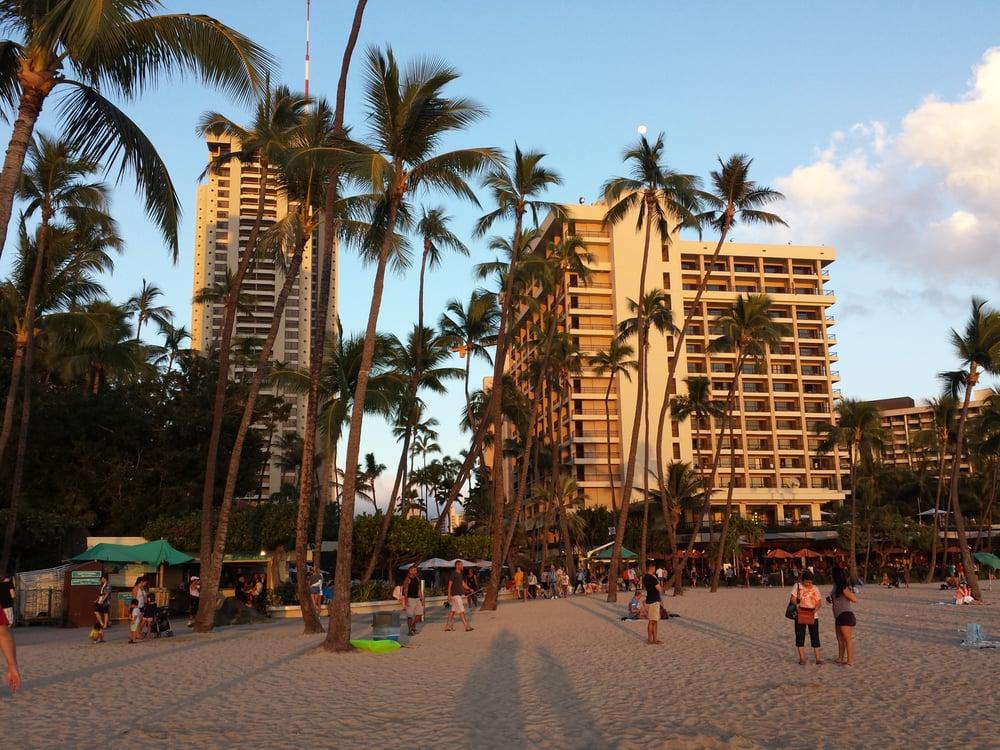 Hilton Hawaiian Village Waikiki Beach Photo Gallery: Photos For Hilton Hawaiian Village Waikiki Beach Resort
