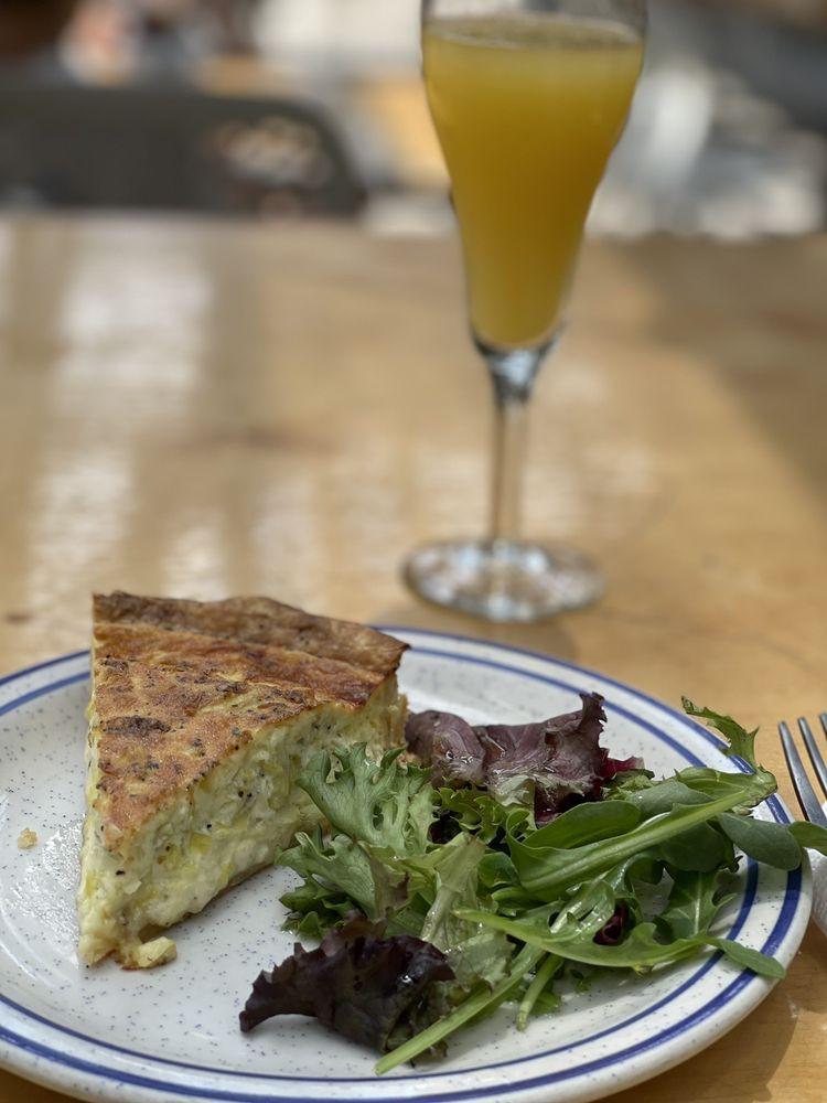 Social Spots from Cafe Stella