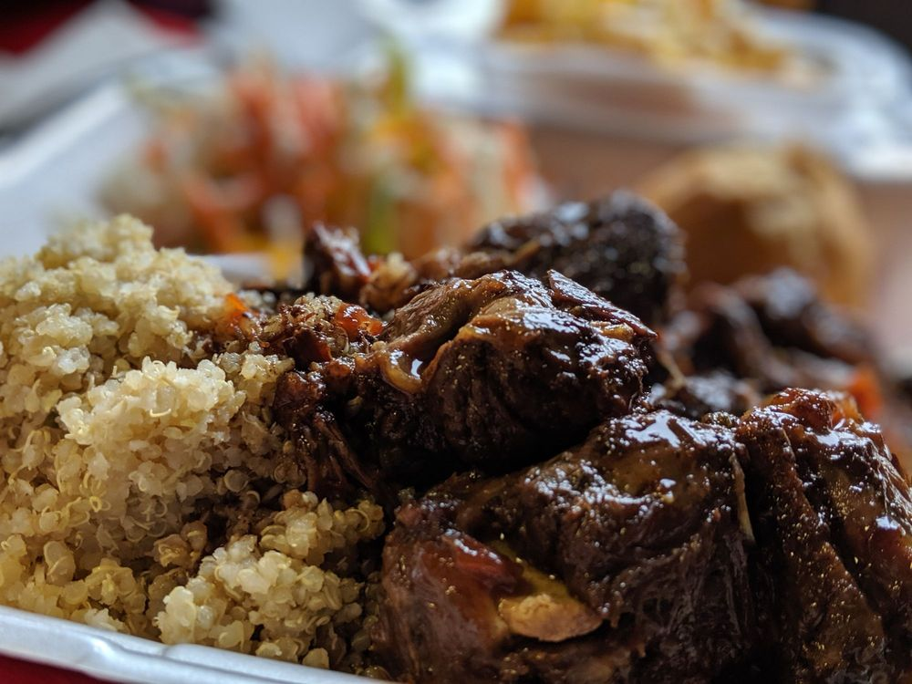Jah-T'aime Food & Catering: 1601 2nd Ave N, Great Falls, MT