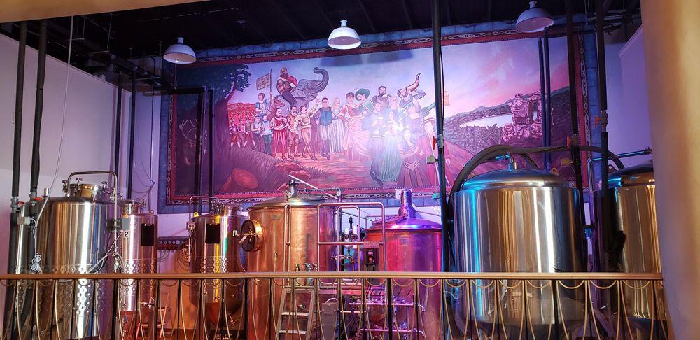 Al Ringling Brewing Co: 623 Broadway St, Baraboo, WI