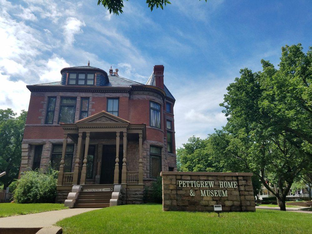 Pettigrew Home & Museum: 131 N Duluth Ave, Sioux Falls, SD