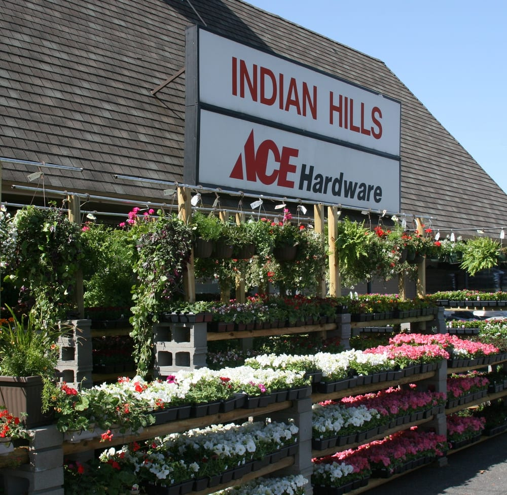 Indian Hills Hardware: 2439 W 13th St N, Wichita, KS