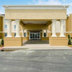 Photo Of Comfort Inn Suites Bryant Ar United States