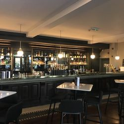 Photo Of Browns Windsor United Kingdom Brerie And Bar In