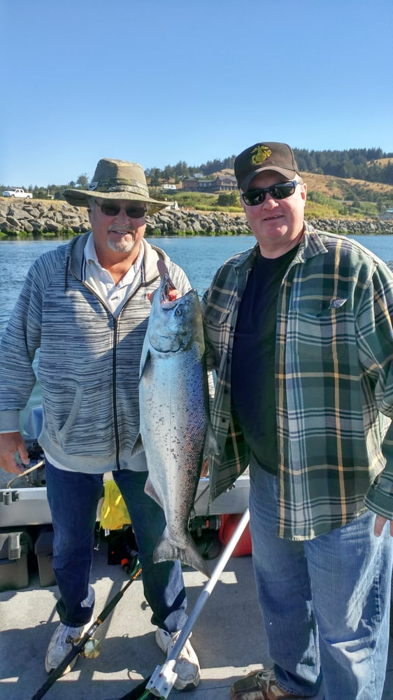 Gene Garner Guide Service: Gold Beach, OR