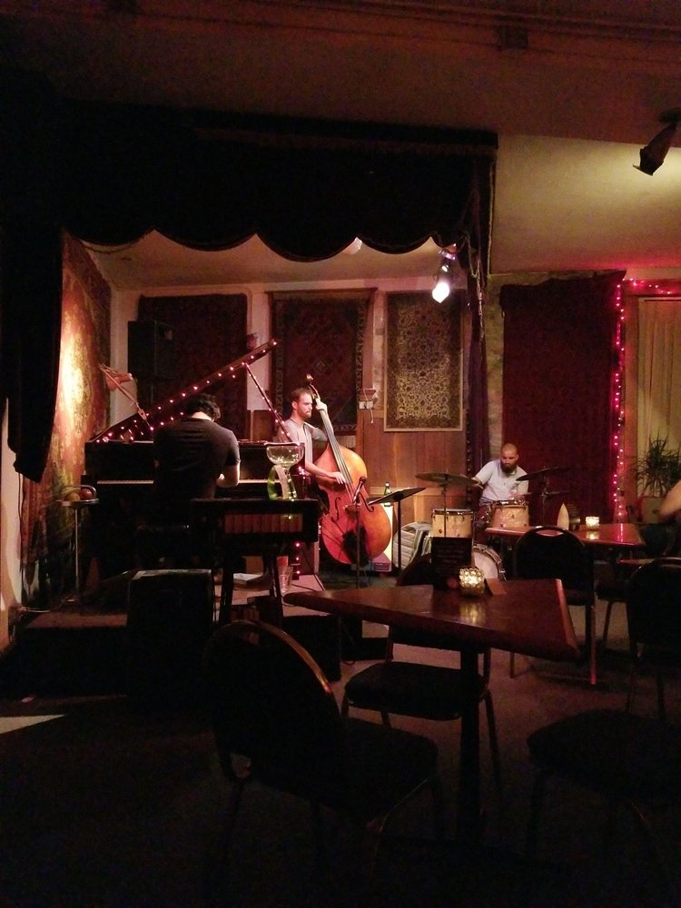 Schwartz's Point Jazz & Acoustic Club: 1901 Vine St, Cincinnati, OH