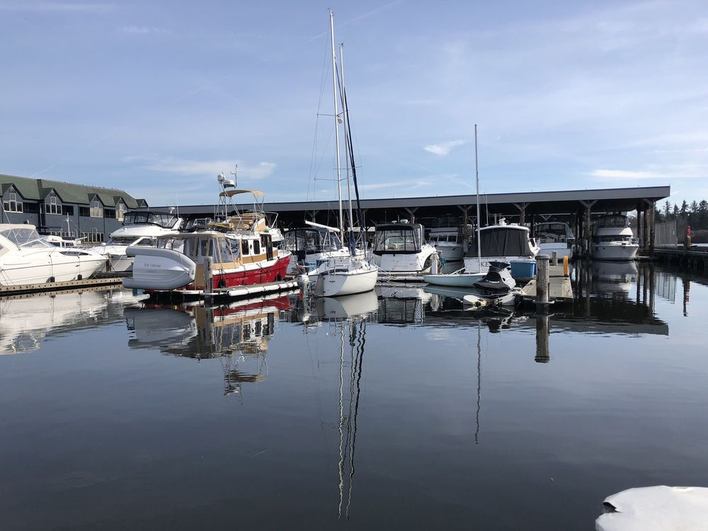 Harbour Village Marina: 6155 NE 175th St, Kenmore, WA
