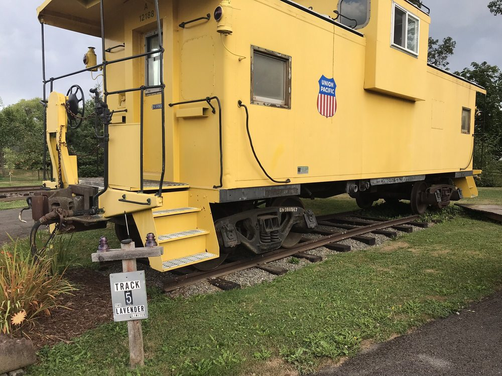 Red Caboose Getaway B&B: 24 Old Coyote Way, Sequim, WA