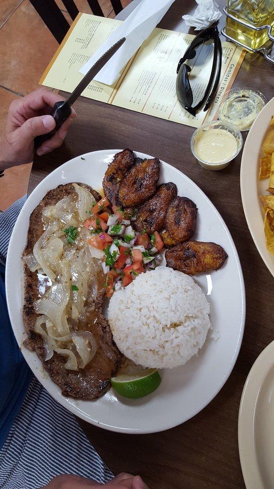 La Macarena Cafeteria
