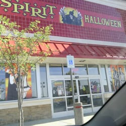 photo of spirit halloween memphis tn united states