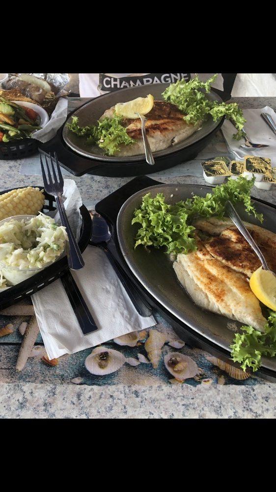Spadaforas Restaurant And Clam Bar: 843 Atlantic Ave, Ocean City, NJ
