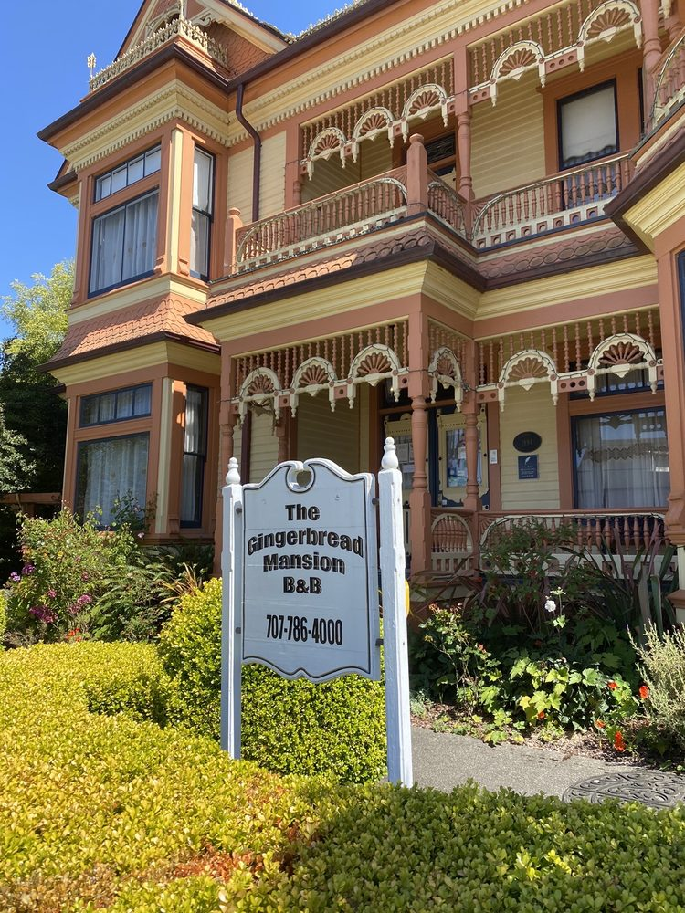 Gingerbread Mansion Inn: 400 Berding St, Ferndale, CA