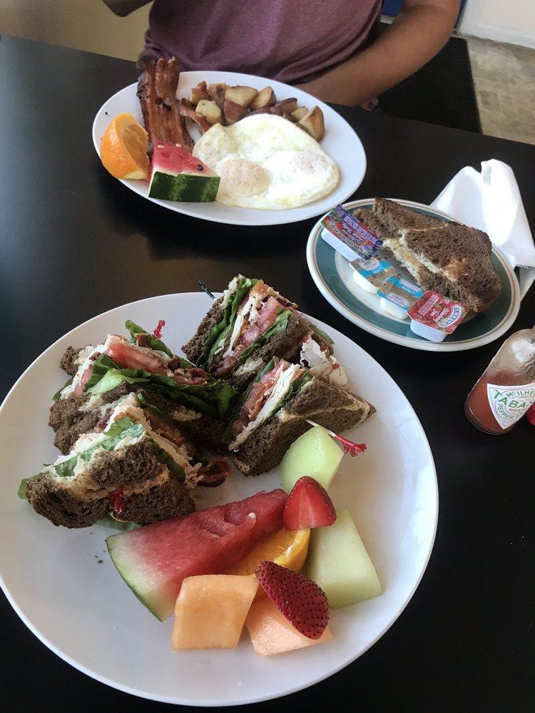 Jewel Cafe & Tea Room: 2601 Jewell Rd, Belleair Bluffs, FL