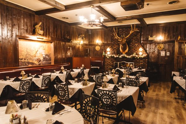 Krapil S Steakhouse Patio 146 Photos 322 Reviews