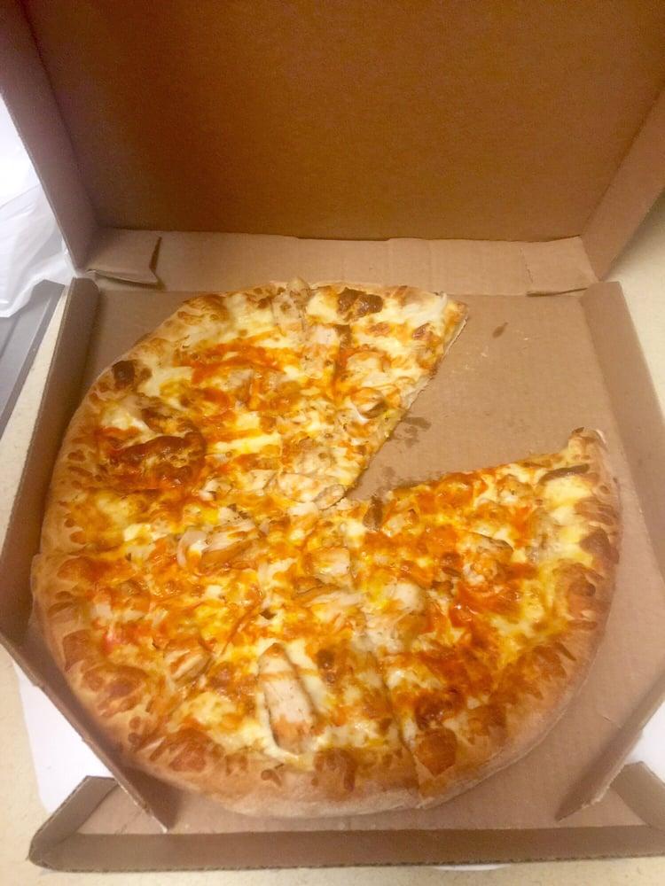 Buffalo Chicken Pizza Dominos