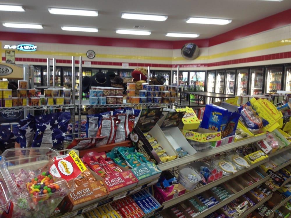 Stuckey's Adel #2: 1003 W 4th St, Adel, GA