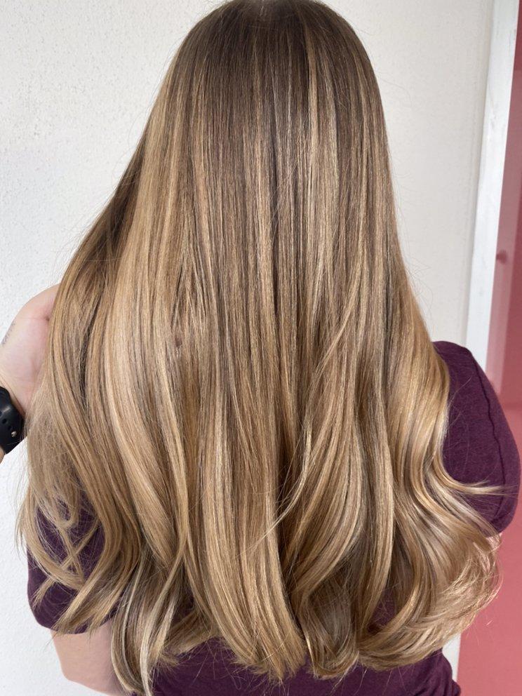 Flair 55 Hair Salon: 23535 Interstate 10, San Antonio, TX