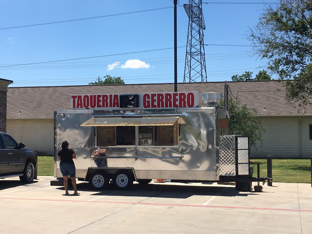 Taqueria Gerrero: 5855 W 34th St, Houston, TX