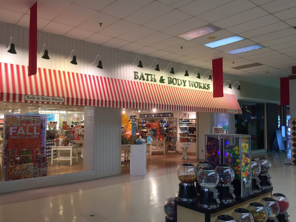 Bath & Body Works: 202 E Centennial Ave, Pittsburg, KS