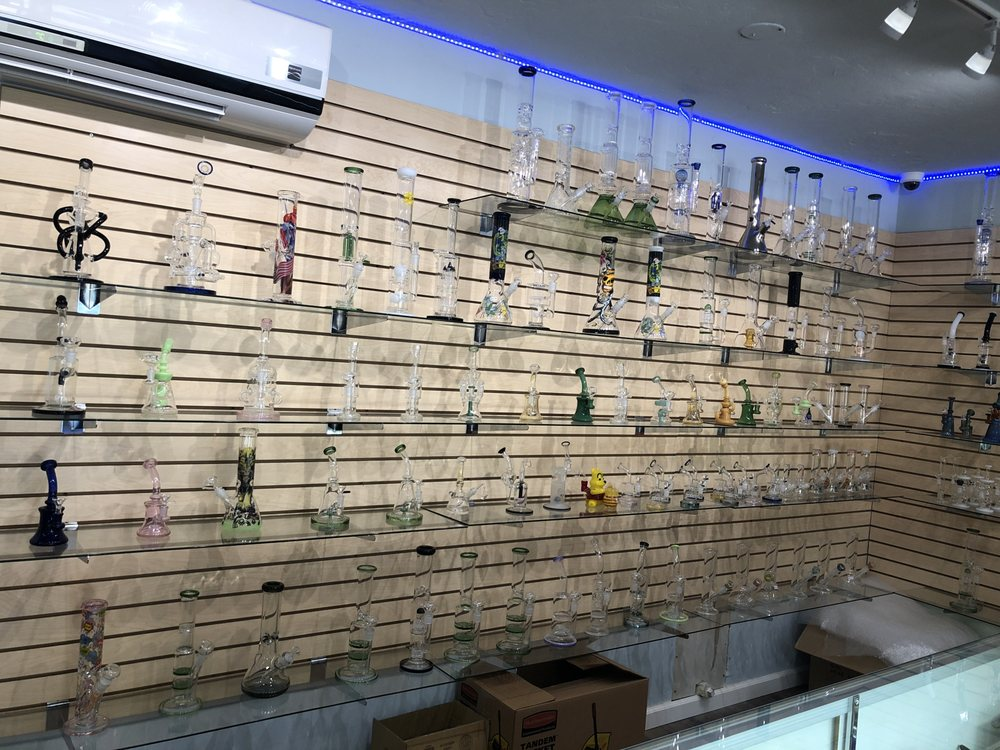 Vibez Smoke Shop: 9523 Jamacha Blvd, Spring Valley, CA