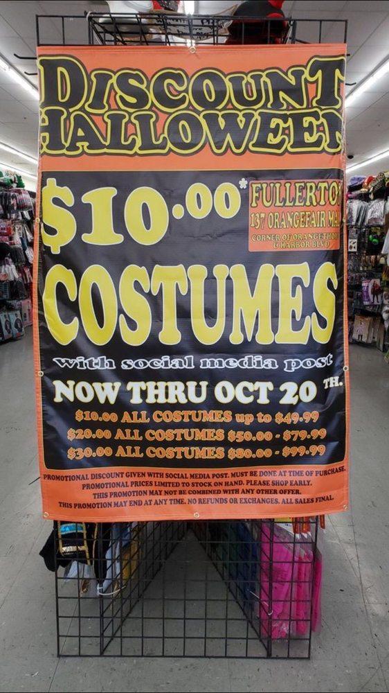 Discount Halloween: 137 orangefair Ave, Fullerton, CA