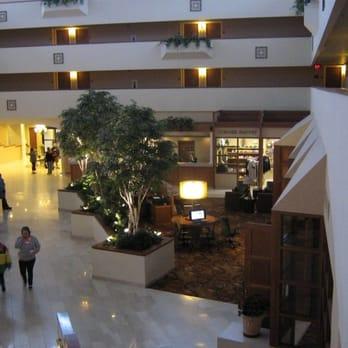 sheraton minneapolis west hotel 35 photos 28 reviews. Black Bedroom Furniture Sets. Home Design Ideas