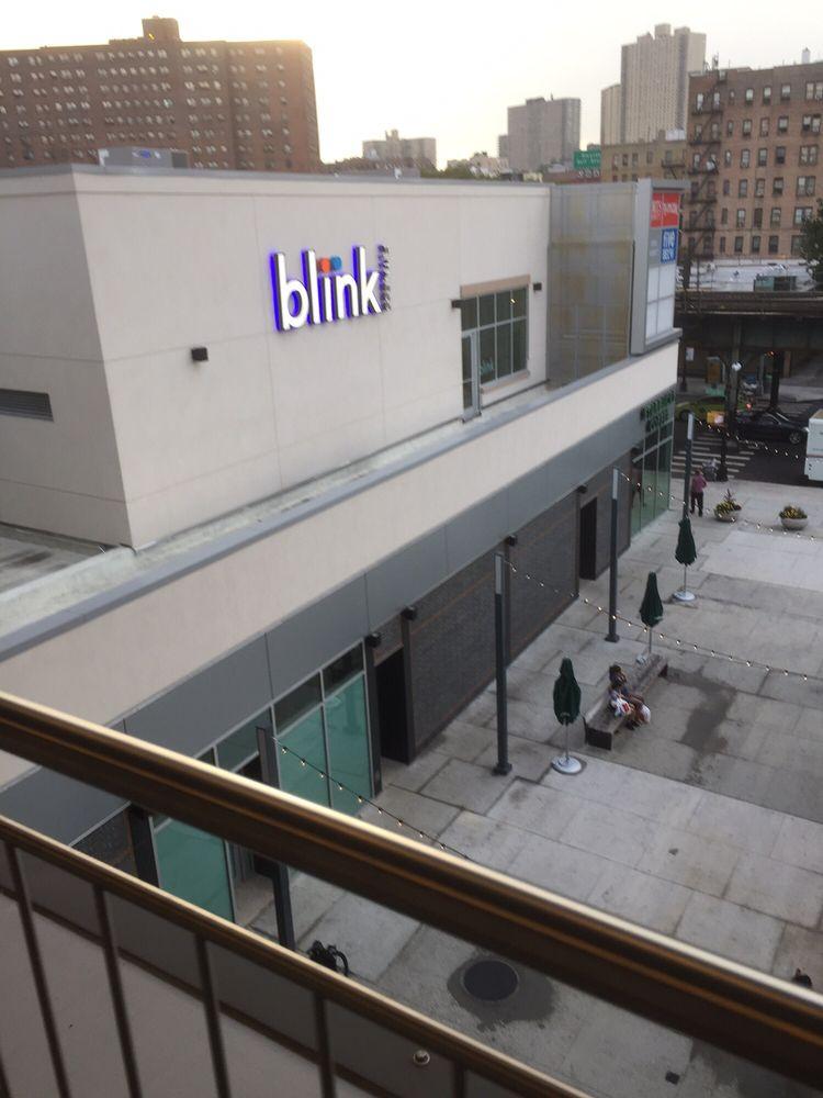 Broadway Plaza Outparcel: 5510 Broadway, Bronx, NY
