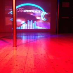 Campus - 20 Reviews - Strip Clubs - 1111 Rue Sainte