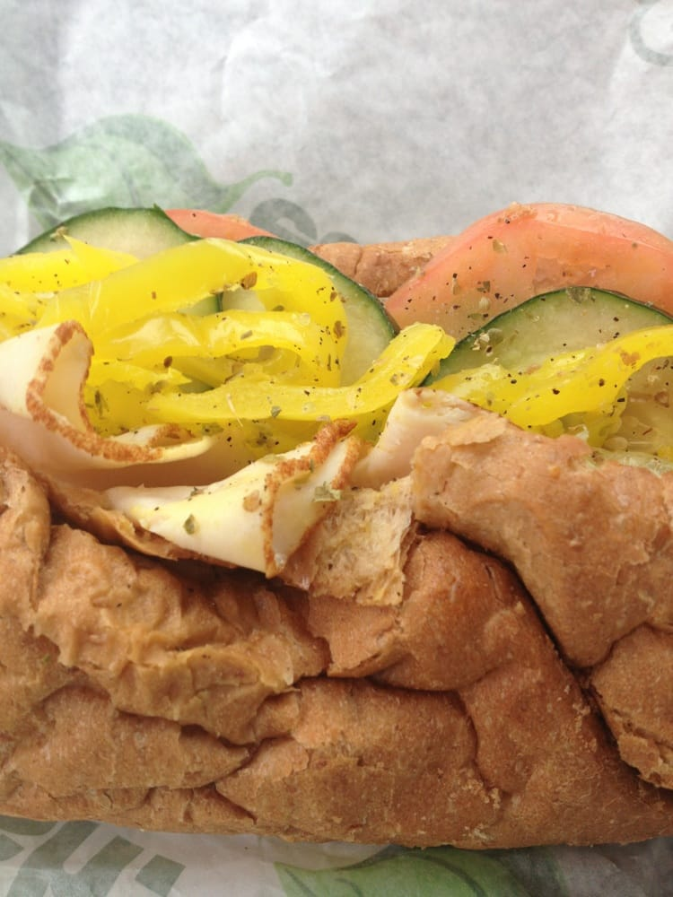 Subway: 730 W Fire Tower Rd, Winterville, NC