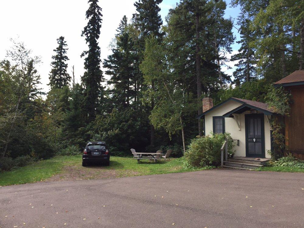 trailside cabins motel hotels 1100 w hwy 61 grand. Black Bedroom Furniture Sets. Home Design Ideas