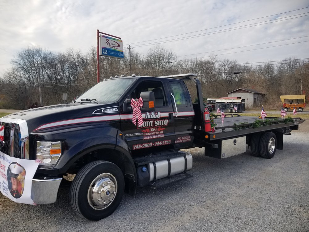 Towing business in Athens, TN