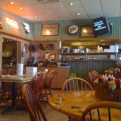 Photo Of Red S Backwoods Bbq West Palm Beach Fl United States Dining