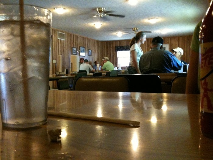 Lee's Country Cafe: 262 Baker Ln, Bakersville, NC