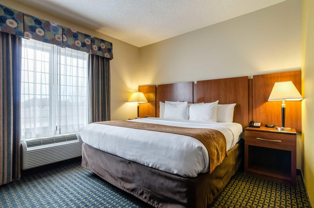 Comfort Suites: 704 Allison, Pratt, KS