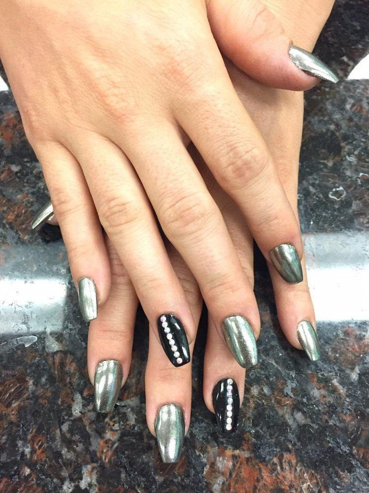 Nexgen nails with silver chrome nails - Yelp