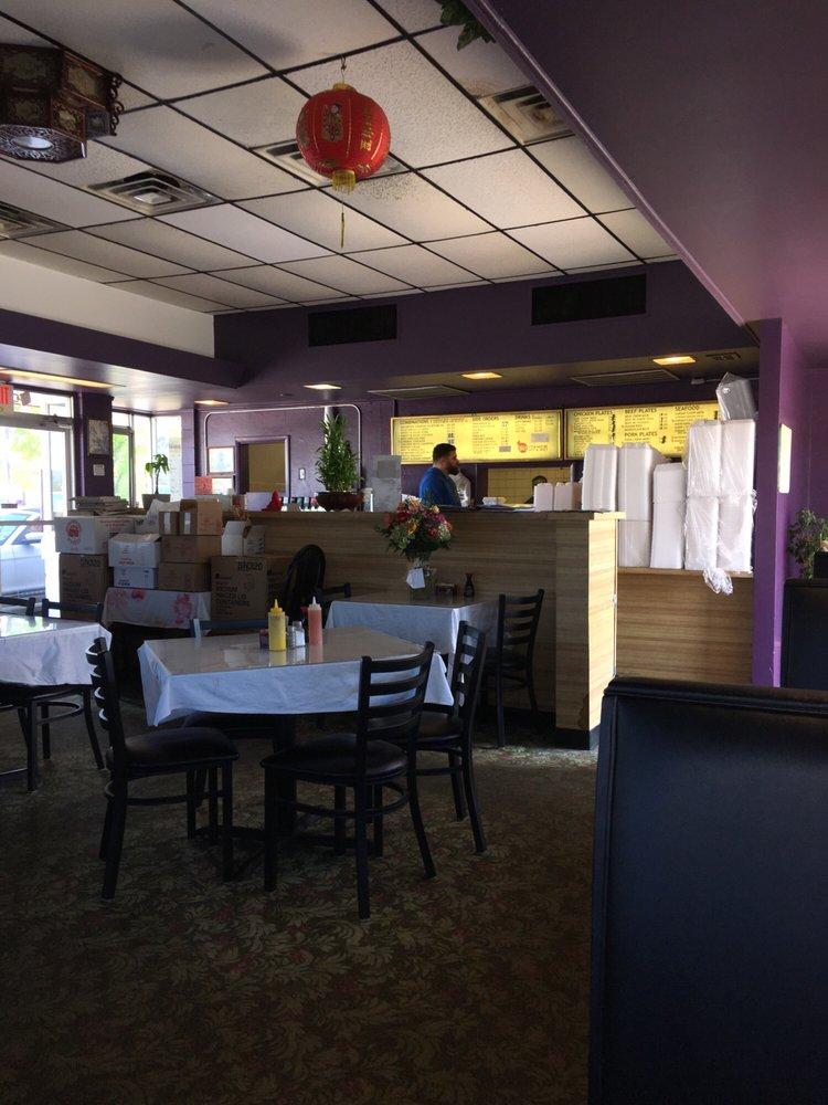 Fortune Village: 1506 Memorial Blvd, Springfield, TN