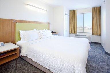 Springhill Suites by Marriott Wichita East at Plazzio: 1220 N Greenwich Rd, Wichita, KS
